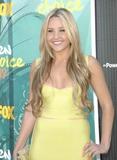 Amanda Bynes Photo - Photo by Michael Germanastarmaxinccom20098909Amanda Bynes at the Teen Choice Awards(Universal City CA)