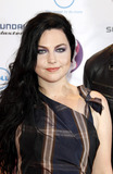 Amy Lee Photo - Amy Lee of Evanescence arriving at the MTV Europe Music Awards at the Odyssey Arena on November 6 2011 in Belfast