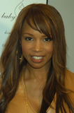 Elise Neal Photo - NEW YORK FEBRUARY 5 2005    Elise Neal at the Baby Phat Fall 2005 fashion show