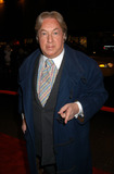 Arnold Scassi Photo - Arnold Scassi arrives at the special screening of TNTs The Goodbye Girl in New York City January 12 2004