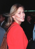 Annabella Sciorra Photo - 28SEP98  Actress LAUREN HUTTON at the Beverly Hills premiere of What Dreams May Come which stars Robin Williams Cuba Gooding Jr and Annabella Sciorra