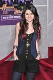 Selena Gomez Photo - Selena Gomez at the world premiere of Hannah Montana  Miley Cyrus Best of Both Worlds Concert at the El Capitan Theatre HollywoodJanuary 17 2008  Los Angeles CAPicture Paul Smith  Featureflash