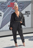 Alicia Keys Photo - LOS ANGELES CA June 26 2016 Singer Alicia Keys at the 2016 BET Awards at the Microsoft Theatre LA Live Picture Paul Smith  Featureflash