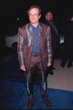 Annabella Sciorra Photo - 28SEP98  Actor ROBIN WILLIAMS at the Beverly Hills premiere of What Dreams May Come in which he stars with Cuba Gooding Jr and Annabella Sciorra
