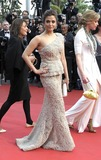 Aishwarya Ray Photo - Cannes France Aishwarya Rai Bachchan  at the Opening Ceremony and Midnight In Paris Premiere at the Palais des Festivals during the 64th Cannes Film Festival held at the Palais des Festivals et des Congres 11th May 2011SydLandmark Media