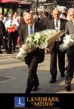 Ken Livingstone Photo - London Ken Livingstone taking flowers to Kings Cross station for the 2 minute silence held all over the world to remember the vitims of the terrorist bomb attack on London on the 7th July14 July 2005Fernando GarciaLandmark Media