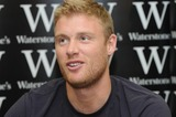 Andrew Flintoff Photo - London UK  Andrew Flintoff England cricketer also known as Freddie Flintoff at a book signing held at Waterstones in London Wall28 September 2009Matt LewisLandmark Media