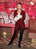 Amy Hart Photo - London UK  Amy Hart  atBeauticology x ELN Cafe launch event at ELN Cafe Knightsbridge London  15th November 2018 RefLMK73-S2575-161119Keith MayhewLandmark Media WWWLMKMEDIACOM