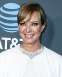 Alberta Ferretti Photo - SANTA MONICA LOS ANGELES CA USA - JANUARY 13 Actress Allison Janney wearing Alberta Ferretti with Sara Dlynt heels Neil Lane jewelry and carrying a Jimmy Choo clutch arrives at the 24th Annual Critics Choice Awards held at the Barker Hangar on January 13 2019 in Santa Monica Los Angeles California United States (Photo by Xavier CollinImage Press Agency)