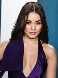 Vanessa  Hudgens Photo - BEVERLY HILLS LOS ANGELES CALIFORNIA USA - FEBRUARY 09 Vanessa Hudgens arrives at the 2020 Vanity Fair Oscar Party held at the Wallis Annenberg Center for the Performing Arts on February 9 2020 in Beverly Hills Los Angeles California United States (Photo by Xavier CollinImage Press Agency)