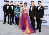 Jon M Chu Photo - LOS ANGELES CA USA - JANUARY 27 Jon M Chu Ronny Chieng Lisa Lu Tan Kheng Hua Fiona Xie Harry Shum Jr and Chris Pang arrive at the 25th Annual Screen Actors Guild Awards held at The Shrine Auditorium on January 27 2019 in Los Angeles California United States (Photo by Xavier CollinImage Press Agency)
