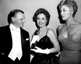 Kim Novak Photo - Academy Awards  Oscars Jimmy Cagney Susan Hayward and Kim Novak 1959 SmpGlobe Photos Inc