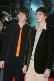 Oliver Phelps Photo - the Premiere of Harry Potter and the Goblet of Fire at the Ziegfeld Theatre New York City 11-12-2005 Photo by John Barrett-Globe Photos 2005 James and Oliver Phelps
