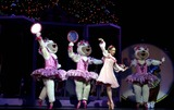 The Radio City Rockettes Photo - Katie Holmes Joins the Radio City Rockettes As They Kick Off Opening Night of the Radio City Christmas Spectacular at Radio City Music Hall  New York City 11072003 Photo by Rick Mackler  Rangefinders  Globe Photosinc Performers