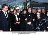 As Yet Photo - IMAPRESS PH  CLEMOT  BENITOFUNERAL OF PRINCESS LEILA PAHLAVI IN PARIS 16TH JUNE 2001 IN TOTAL BEREAVEMENT THE EX-EMPRESS OF IRAN FARAH PAHLAVI BURIED HER DAUGHTER IN THE PASSY CEMETERY IN PARIS LEILA PAHLAVI 31 PASSED AWAY A WEEK AGO IN LONDON THE OFFICIAL COMMUNIQUE WRITTEN BY HER MOTHER INDICATED THAT SHE PASSED AWAY IN HER SLEEP BUT THE EXACT CIRCUMSTANCES OF THE DEACEASED REMAIN AS YET UNKNOWNREZA II PRINCESS FARAHNAZ EMPRESS FARAH AND PRINCESS ASHRAFCREDIT IMAPRESSCLEMOTBENITOGLOBE PHOTOS INC
