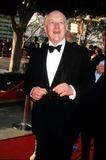 Alec Guinness Photo - Sir Alec Guinness 1980 Iii77 Academy Awards  Oscars Photo by Phil RoachipolGlobe Photos Inc