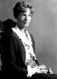 Amelia Earhart Photo - Amelia Earhart 1191923 Globe Photos Inc Ameliaearhartobit