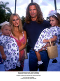 Lorenzo Lamas Photo - Blues Big Musical Movie - World Premiere Paramount Studios Hollywood CA 9232000 Lorenzo Lamas Wife Shauna and Their Daughters Photo by Nina Prommer Globe Photos Inc2000