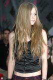 Avril Lavigne Photo - Mtv Video Music Awards Arrivals Radio City Music Hall New York City Photo John Barrett  Globe Photos Inc 2003 08282003 Avril Lavigne