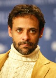 Alexander Siddig Photo - Alexander Siddig Press Conference Syriana 56th Berlinale - Berlin Filmfest Hotel Hyatt Berlin Germany Feb 10 Photo by Alec Michael Alec Michael-Globe Photos Inc 2006