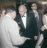 Yul Brynner Photo - Yul Brynner with Doris Brynner Supplied by Globe Photos Inc
