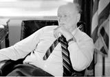 Neils Schneider Photo - 291989 New York City Mayor Ed Koch on His Last Day in Office at New Yorks City Hall (photo2002neil Schneider Globe Photos Inc)