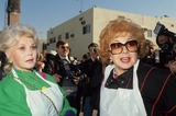Audrey Meadows Photo - Audrey Meadows with Zsa Zsa Gabor F7552 Photo by Bob V Noble-Globe Photos Inc