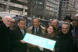 Cal Ramsey Photo - K42250RMMANHATTANS EAST 55TH STREET RENAMED FRIARS WAY IN HONOR OF CENTENNIAL OF GOTHAMS PREMIER SHOW BUSINESS FRATERNITY SOUTH-WEST CORNER OF PARK AVENUE AND EAST 55TH STREET NEW YORK CITY03-16-2005PHOTO RICK MACKLER-RANGEFINDERS-GLOBE PHOTOS INC  2005MIKE WALLACEDOMINIC CHIANESEEVA MOSKOWITZCAL RAMSEYMARVIN SCOTT